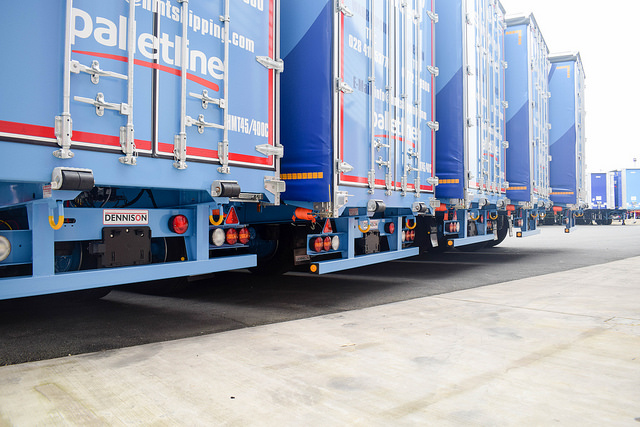 Dennison Curtainsiders for HMT Shipping